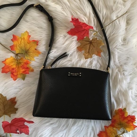 kate spade Handbags - Kate Spade black crossbody bag